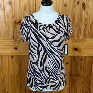 NWT Worthington animal print top. Sz L